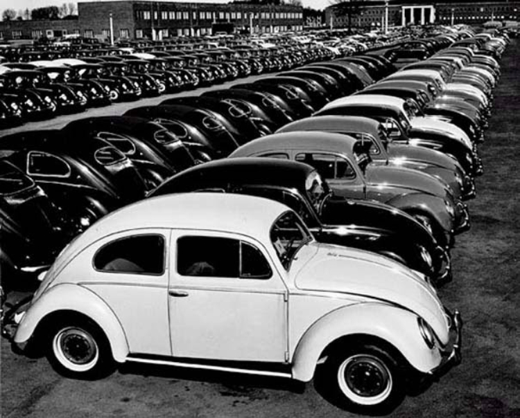 A Look Inside a Volkswagen Factory in 1953 ~ vintage everyday