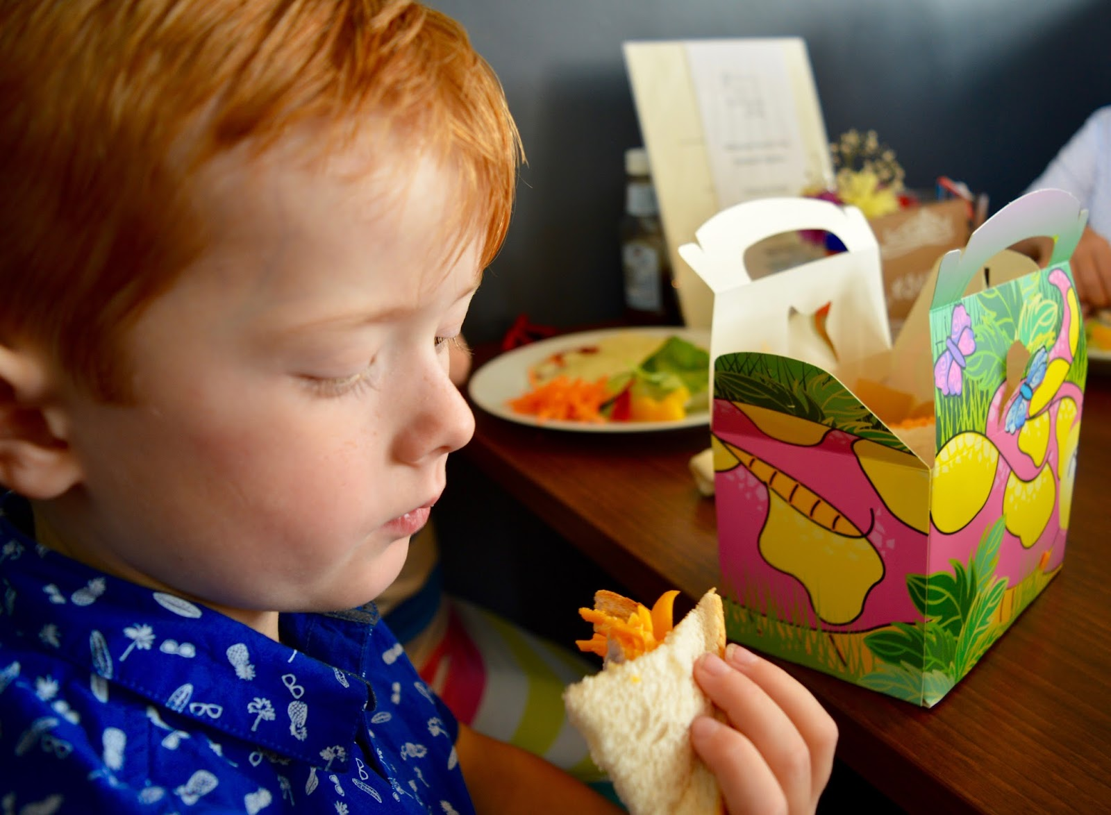 Cafe 32 | Linskill Centre, North Shields - A review - children's menu - lunchbox £2.50
