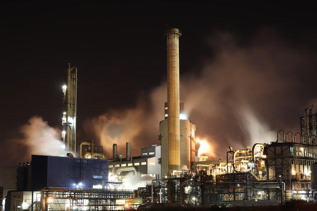 Crude Oil Prices Falling Historically || Marathi news