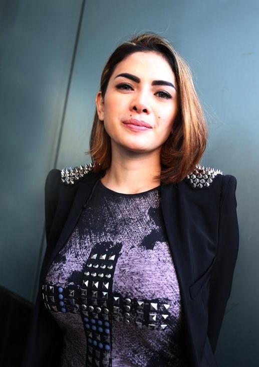 Nikita Mirzani Biodata