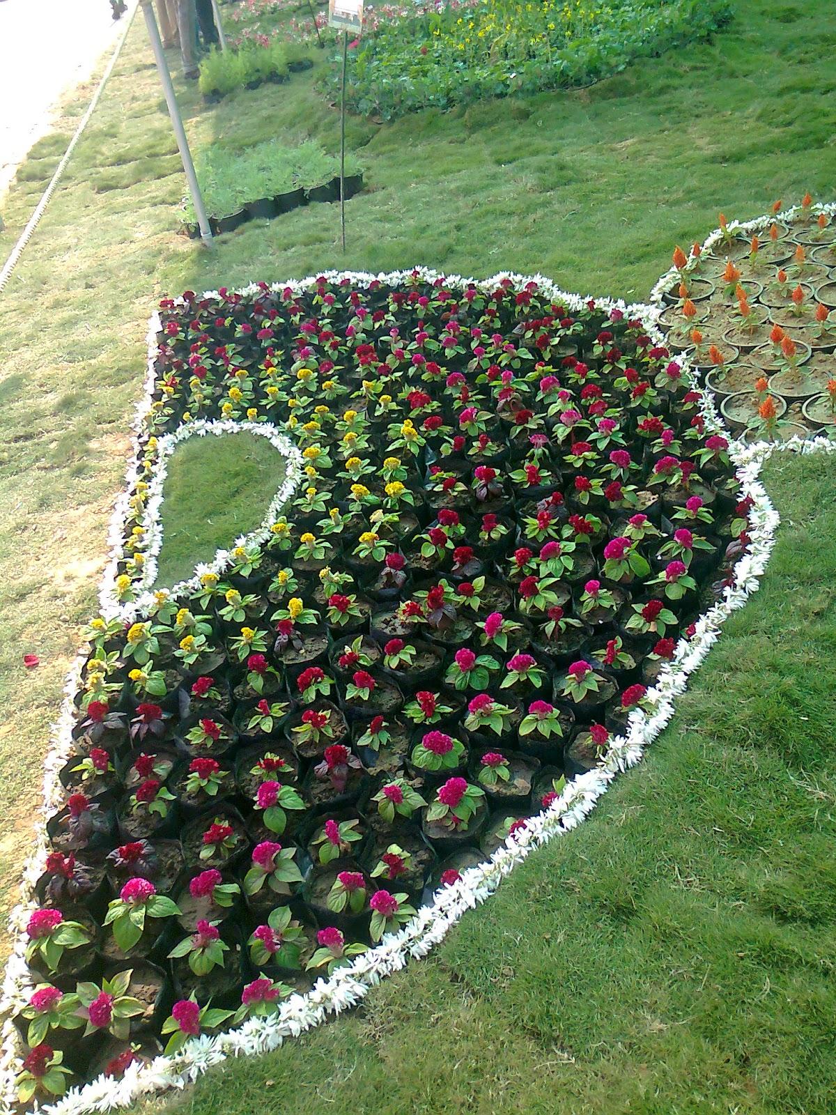 half circle flower design