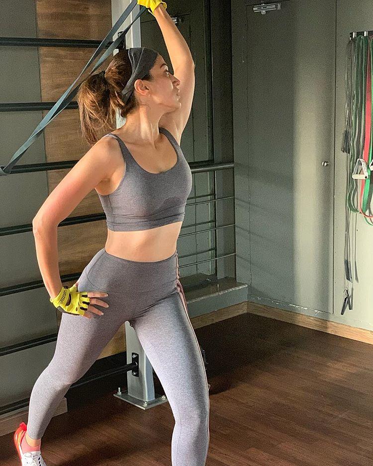 Yoga Actress Raai Laxmi Sexy Hot Photos
