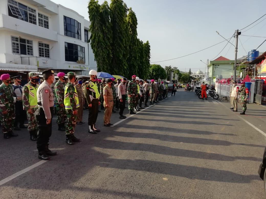 Kodim 0410/KBL bersama Satgas penegakan disiplin protokol kesehatan pencegahan Covid-19 Kota Bandar Lampung terus melakukan Patroli malam penegakan disiplin untuk mematuhi protokol kesehatan