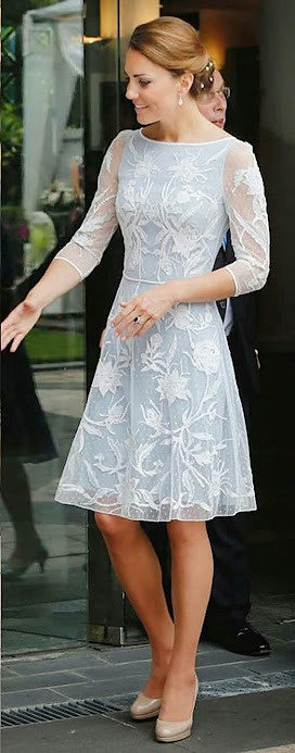Beautiful Knee Length Short Mother of The Bride Dresses