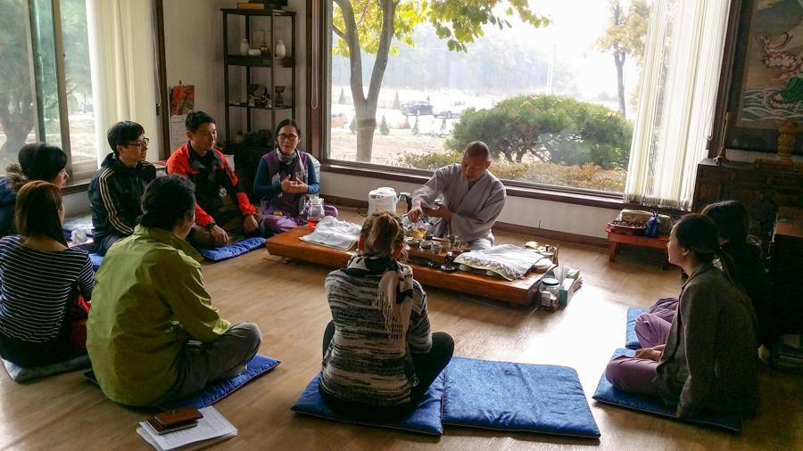 чистый воздух, природа, осень, Буддийский храм в Корее. Искусство быть собой. ХРАМ, корея, сеул, инчон, стресс, современный мир, положительные эмоции, монах