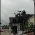 Enquanto população clama por água, caixa da Prefeitura de Macajuba é vista derramando