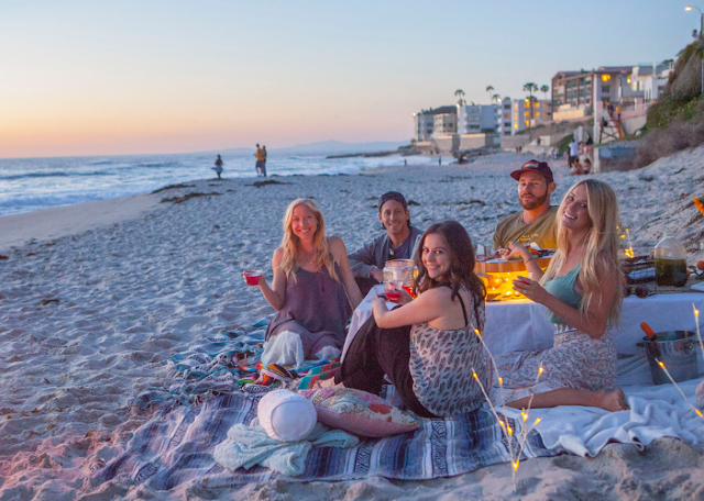 7 Fun Things to Do at The Beach With Friends (Part 2) Noodle time