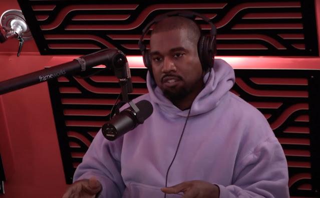 Kanye West muốn bán Yeezy Foam Runner  với giá $20