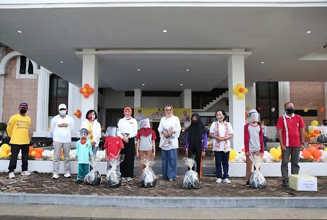 Peringatan Hari Anak Nasional 2020, Ibu Riana Arinal Meriahkan Acara dengan Senam, Bermain dan Mendongeng Bersama Anak-Anak PAUD