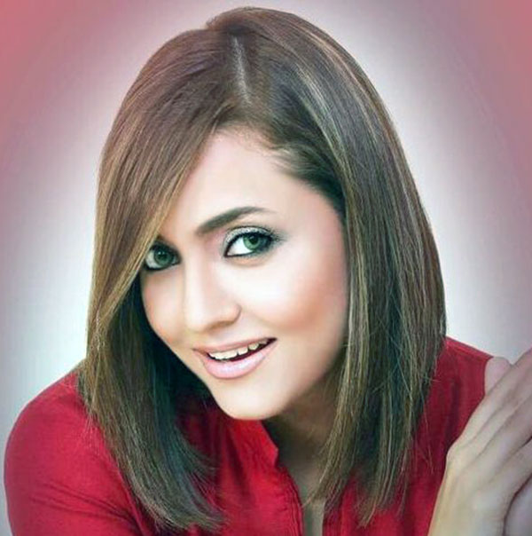 Nadia Khan Biography - Facts, Childhood, Family Life & More