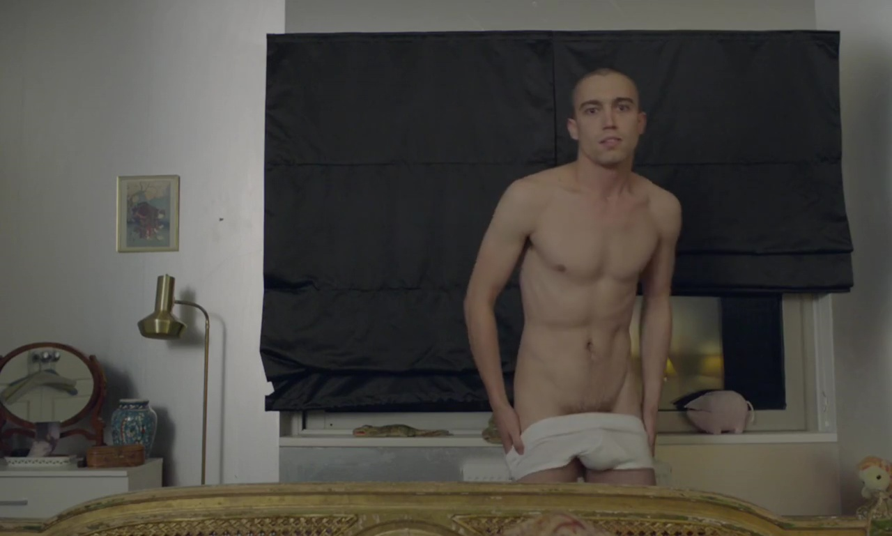 Giovanni Ribisi Naked auscaps: jake phillips head nude in the souvenir