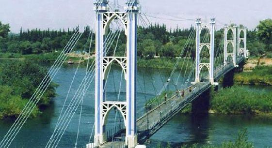 جسر دير الزور