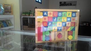 Balok Alfabet