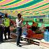 Tim Gabungan Polres Agam Menghimbau Pengunjung Pasar Tiku, Untuk Mematuhi Protokol Kesehatan Menuju New Normal