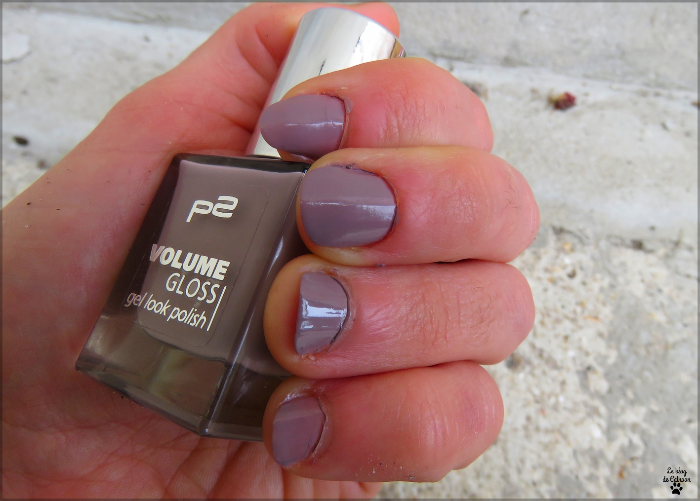 Volume Gloss - 460 Distress Damsel - p2
