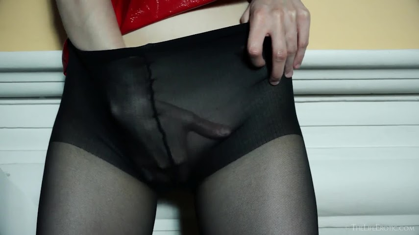 [TheLifeErotic] Ingrid - Ripped Open 8462375914