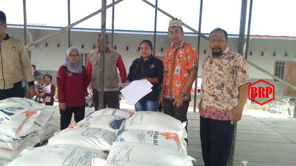 Sembilan Desa Di Kecamatan Timpah Menerima 7.170 Kg Bansos Rastra