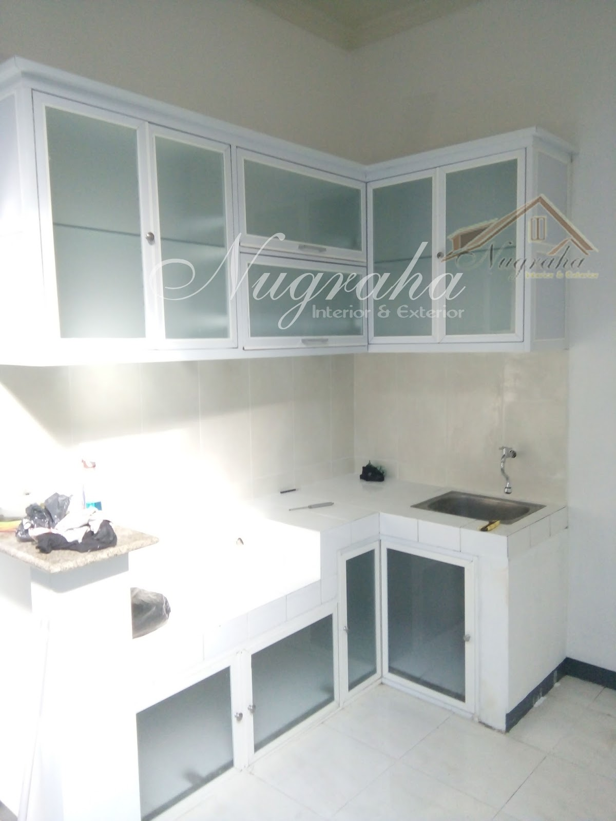 Interior dan custom furniture surabaya gresik sidoarjo kitchen set