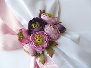 σετ βάπτισης με λουλούδια για ανοιξιάτικη βάπτιση