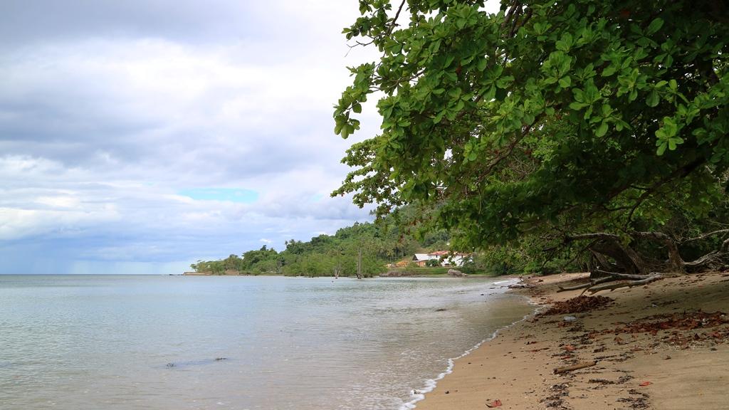 Pantai Tanjung Kasuari Sebagai Tujuan Wisata Yang Khas Di Papua