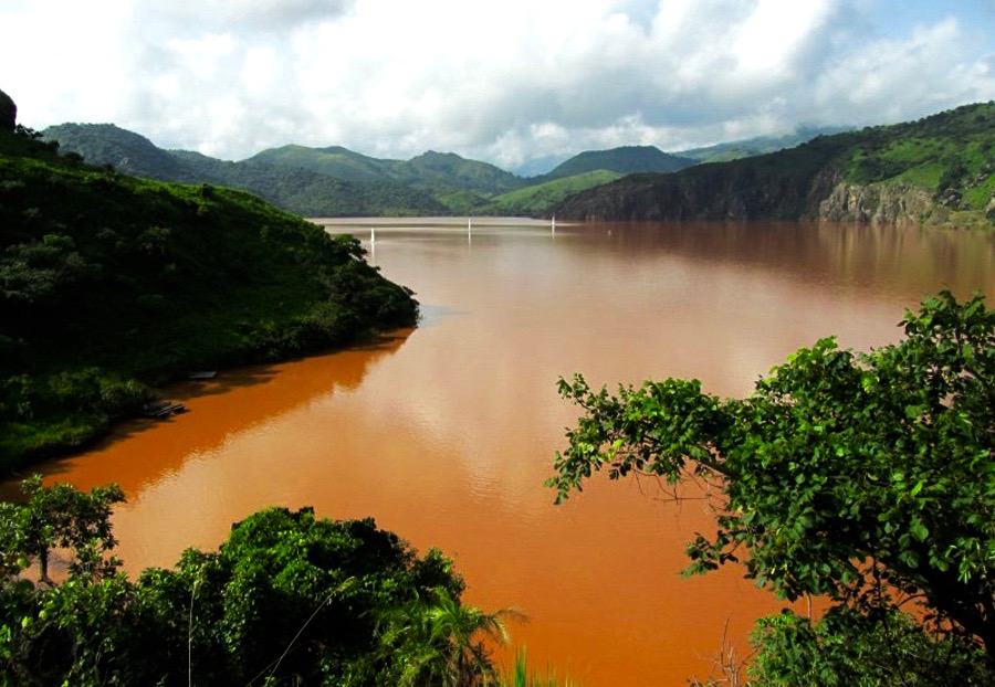 Orange water in Lake Nyos Cameroon 2012 2