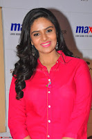 Sree Mukhi in Pink Kurti looks beautiful at Meet and Greet Session at Max Store (59).JPG