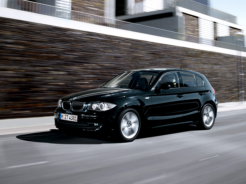 the bmw 1 series five doors wallpapers for pc bmw automobiles. Black Bedroom Furniture Sets. Home Design Ideas