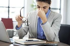 Apa Itu Screen Fatigue dan Cara Mengatasinya. The Zhewmwel