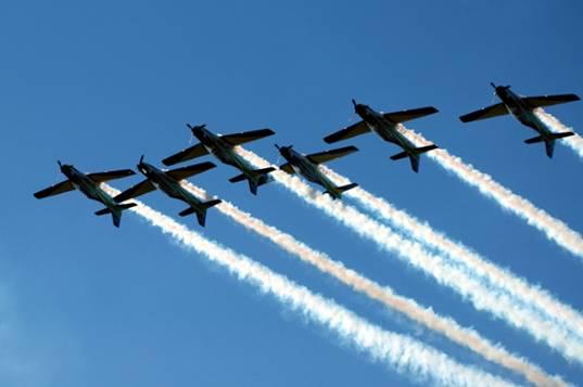 38c34e080b O Exame de admissão (Concurso de Admissão) para a Academia da Força Aérea  (Cursos de Formação de Oficiais Aviadores, Intendentes e de Infantaria da  ...
