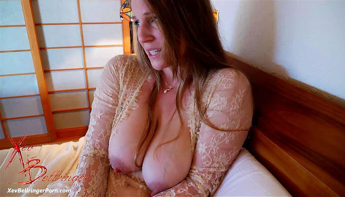 XevBellringer - Mom Want's To Cuddle...Sounds Fun