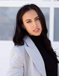 Catalina Garayoa The Social Dilemma: Wikipedia, Biography,  Age, Height, Boyfriend, Instagram