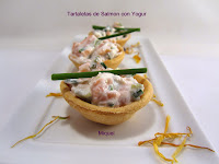 Tartaletas de salmón con yogur