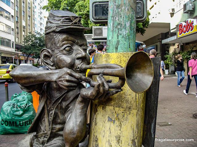Estátua do Corneteiro Lopes em Ipanema, Rio de Janeiro