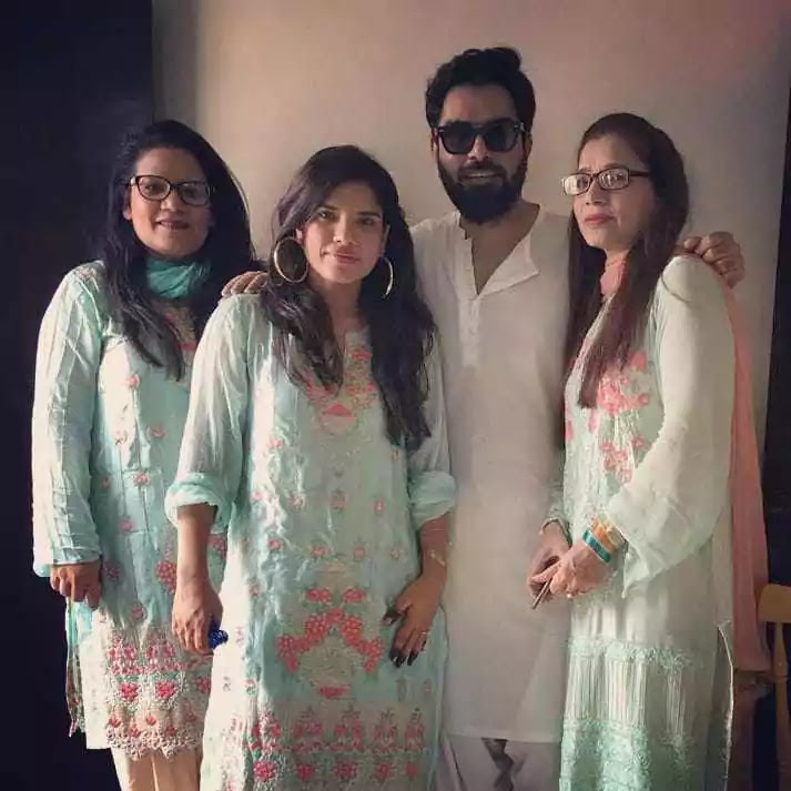 Iqra And Yasir Son Kabir Hussain Meets Phopo Schumaila Rehmat