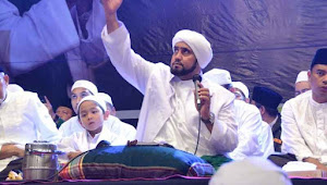 3 September Habib Syech Hadir di Alun-Alun Pati