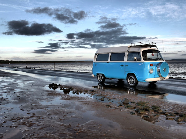 Which is Better, a Campervan or a Caravan?