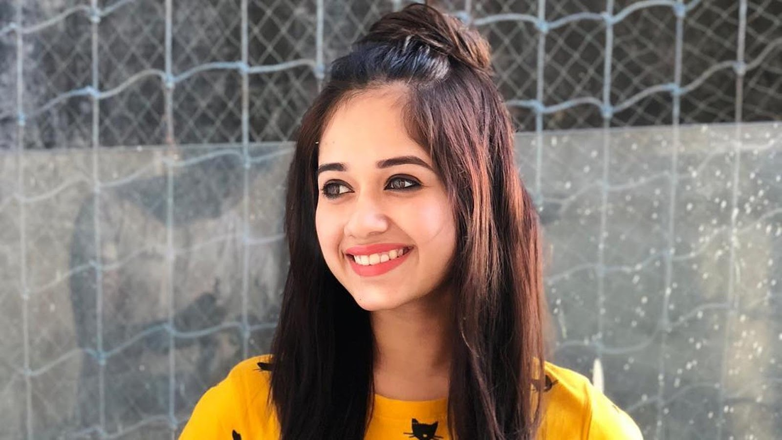 Cute Jannat Zubair Wallpapers