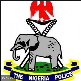 Police arrest 47-year-old man for parading as lawyer in Ogun