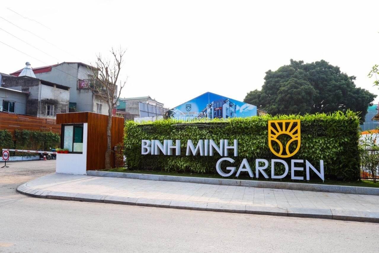 Cổng vào khu đô thị Bình Minh Garden!