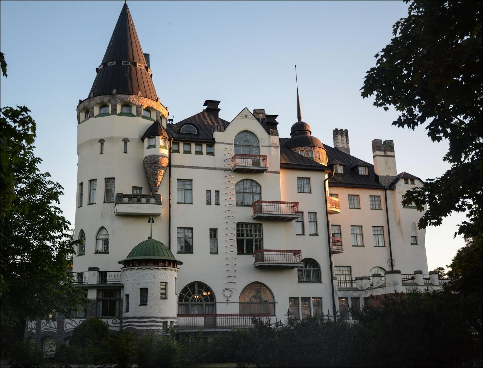 imatran valtionhotelli kummitus seksiseuraa nainen