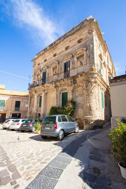 Palazzo Toraldo-Tropea