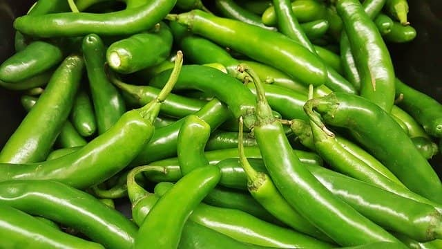 green-chilli-benefits-side-effects