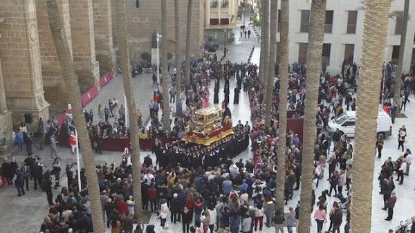 Las sillas de la Carrera Oficial de Almería estarán en Paseo, Pablo Cazard, Virgen del Mar y Catedral