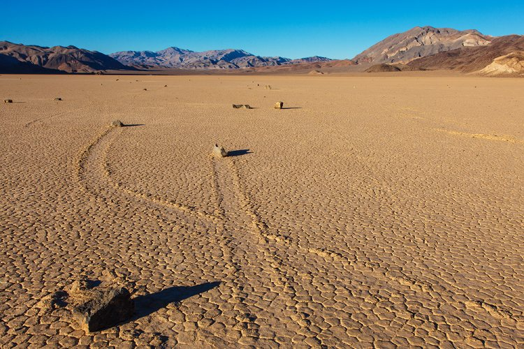 Sailing Stones, California