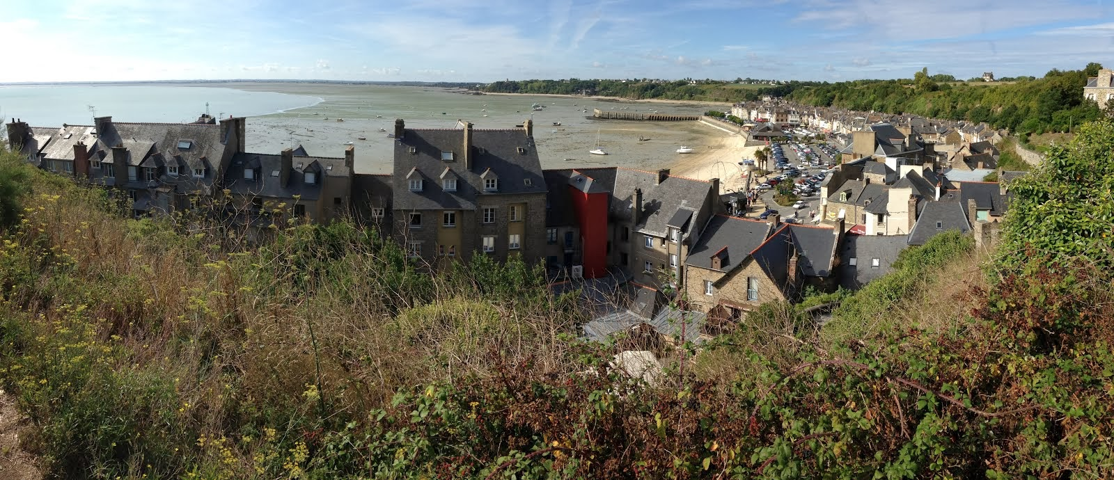 Cancale, Bretagne, at low tide