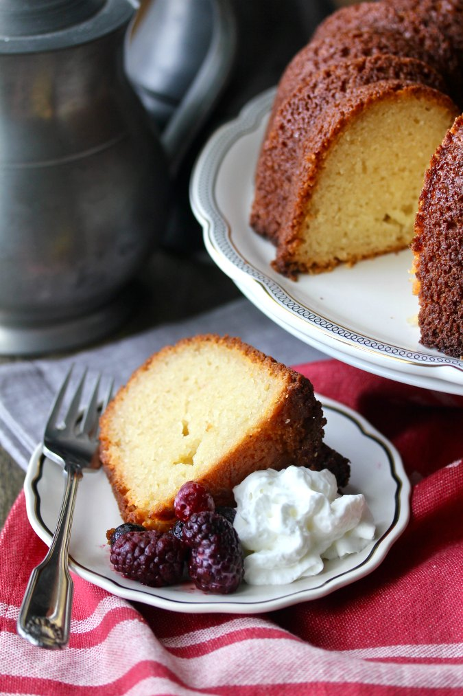 Yeasted vanilla pound cake
