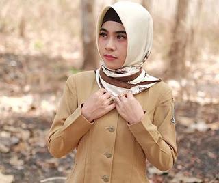 Alvi Ananta Pakai Hijab