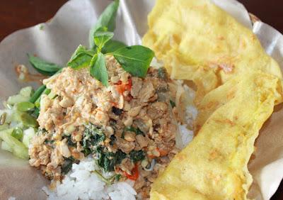 Mengenal 7 Nasi Pecel Khas Jawa Timur
