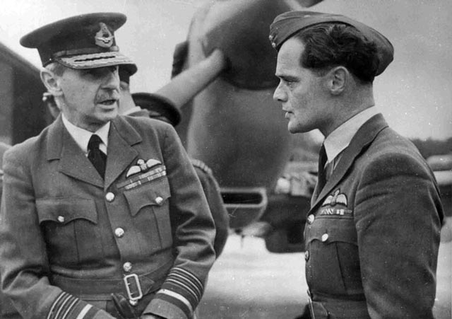 Air Marshal Sir Hugh Dowding and Douglas Bader worldwartwo.filminspector.com