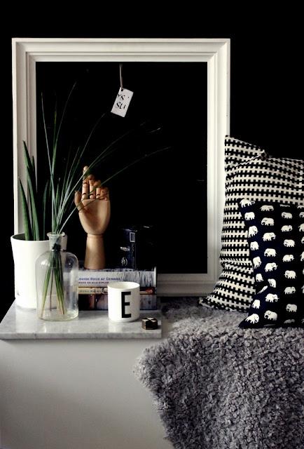 la maison d 39 anna g relooking d 39 un banc tv. Black Bedroom Furniture Sets. Home Design Ideas